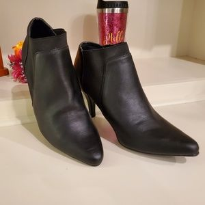 April by Italian Shoemakers Leather Ankle Boots